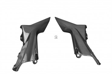 Carbon Seitenverkleidung unter Sitz für MV Agusta Brutale 675/800 2013-2015